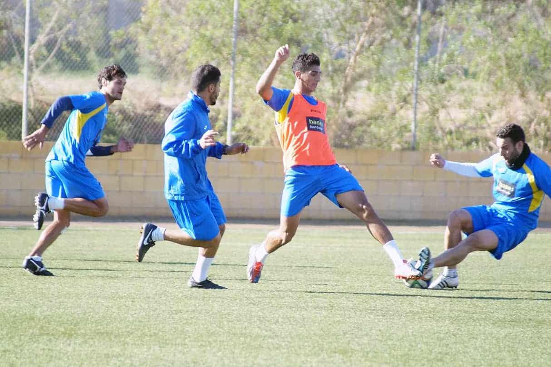 UD-Melilla-Entrenamiento-18-12-14